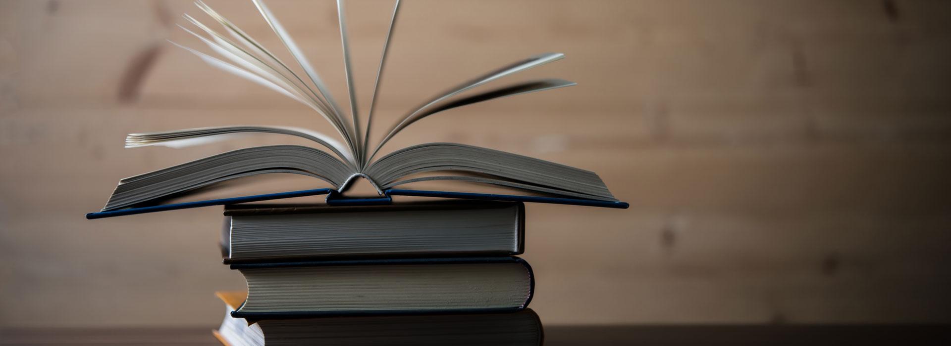 Печать книг твердый и мягкий переплёт от одного экземпляра